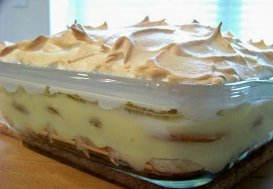 Banana pudding... Use the recipe on the Nabisco vanilla wafer box. Cooking it in the oven is the ONLY way to make Southern banana pudding.. with meringue.. nothing instant in this jewel of the South