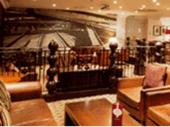 Daresbury Park Hotel Lounge