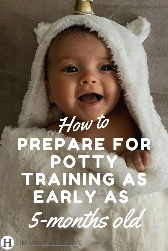 Do you dread the idea of potty training? It doesn't have to be the worst thing you ever did. Here's our 10 step method to make potty training simple and effective. #pottytraining #potty #toddlers #infants #parenting