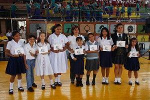 Niños premiados en Quevedp