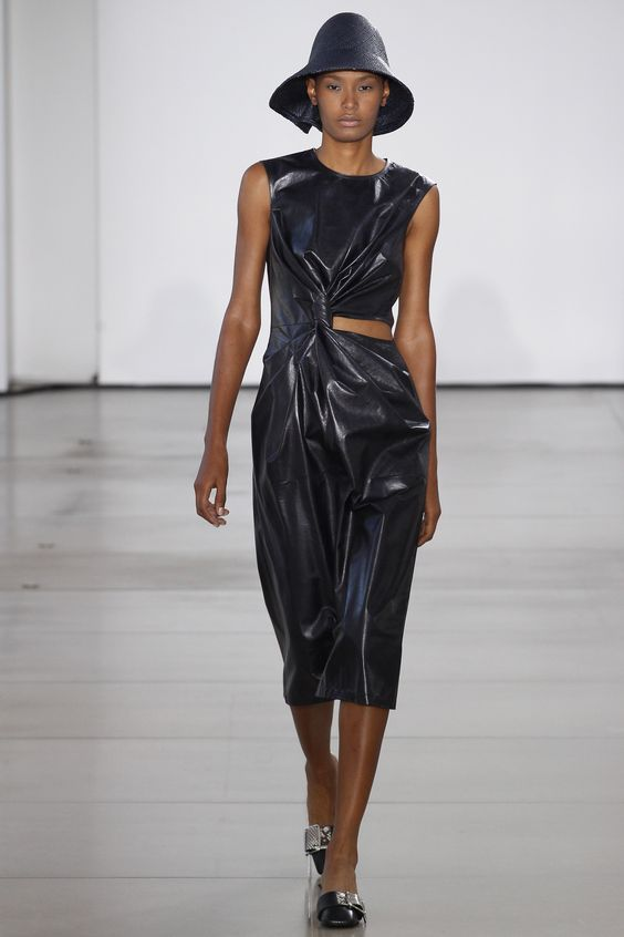 Jil Sander Spring 2016 Ready-to-Wear Fashion Show - Ysaunny Brito