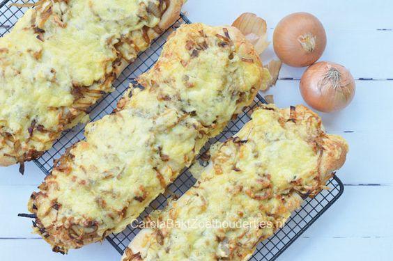 Maak je eigen uienbrood met lekker veel gekruide uien onder een dek van gesmoltenkaas. Mijn kinderen zijn er gek op, en wij trouwens ook!