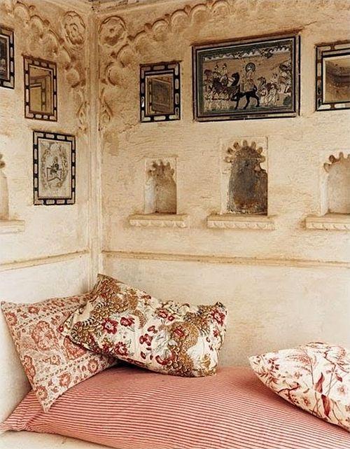 Nomadic Decorator   An Extraordinary Journey from Life Advice to India Style   http://nomadicdecorator.com