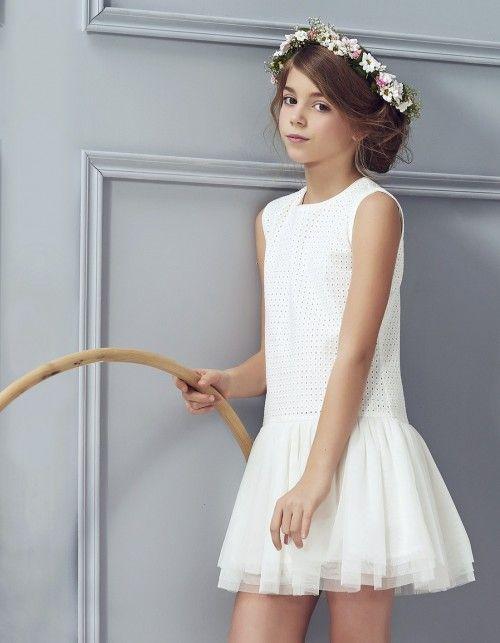buy popular 3cadd 3fa3b Sukienka z haftowanym materiałem   biało   Kleider ...