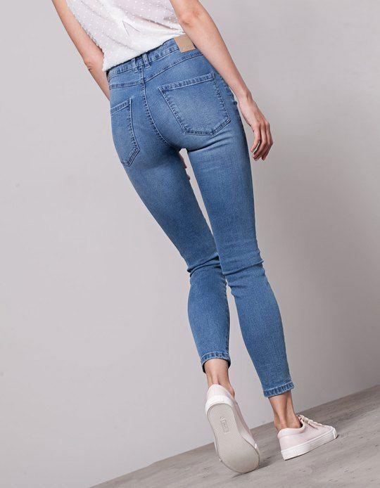 10 Reglas De Moda Para Lucir Mas Alta Sin Tacones Mujer De 10 Guia Real Para La Mujer Actual Enterate Ya Pantalones De Mezclilla Mujer Pantalones De Moda Pantalon A La Cintura