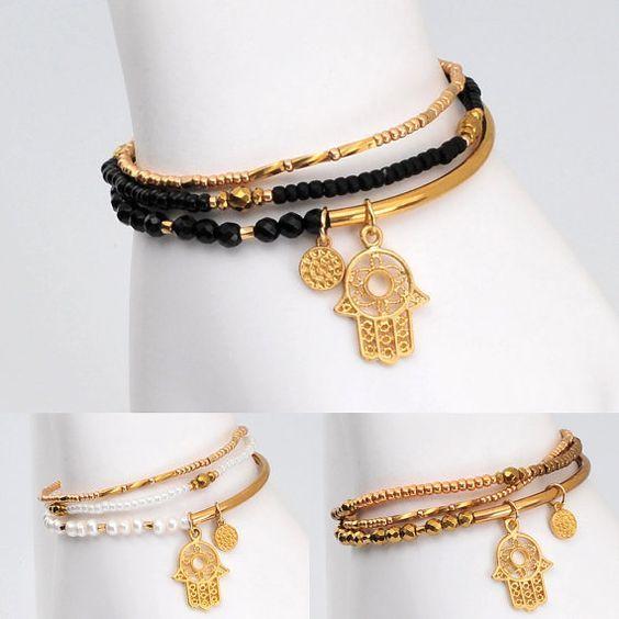 Hey, I found this really awesome Etsy listing at http://www.etsy.com/es/listing/161751350/hamsa-mano-amuleto-pulsera-amuleto: