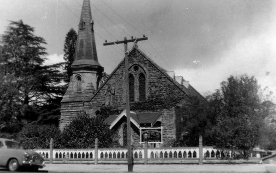 Old view of Fraser Memorial Church, Springwood