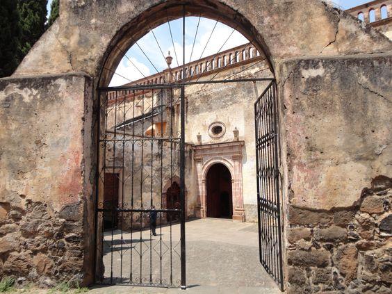 Portón Iglesia del Sagrario, Patzcuaro Mich. - Portón Iglesia del Sagrario…