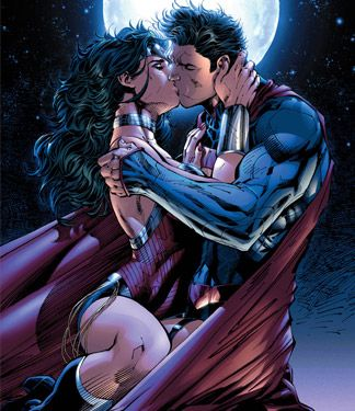 Superman and Wonder Woman kissing