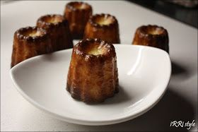 Cannelés Bordelais - I don't know if these have an name in English but they are simple amazing. Crunchy on the outside and soft on the inside. Page is in Italian