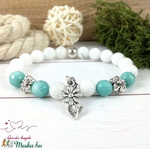 Menta virágok jade ásvány karkötő (Arindaekszerek) - gulacsigalery.hu | Beaded bracelets, Jewelry, Beaded