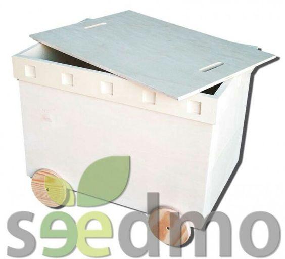 BAUL DE CHOPO CON TAPA Y RUEDAS Tu tienda Online. http://seedmo.com/index.php/en-crudo/baul-de-chopo-con-tapa-y-ruedas.html