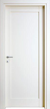 #Porte interne modello 1F in legno listellare. Laccato Ral 9010 (Bianco). Linea Stilo - Catalogo Aria. #madeinitaly
