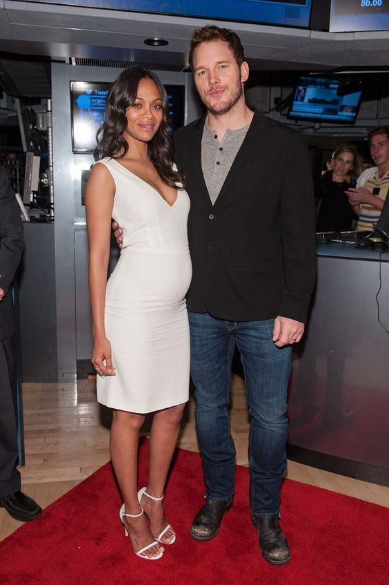 Pin for Later: These Dresses Are Good, but the Accessories Are Better Zoe Saldana and Chris Pratt Zoe Saldana in Calvin Klein Collection and Stuart Weitzman sandals with Chris Pratt at the New York Stock Exchange.