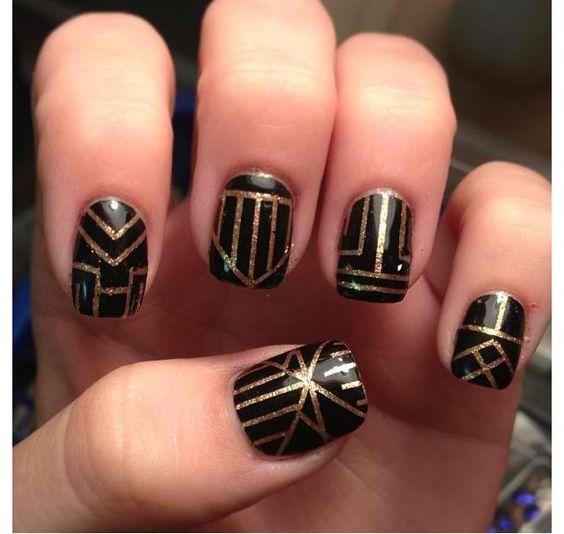 Gatsby nails!! More roaring 20s birthday ideas.