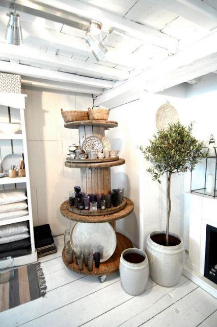 kabel spoelen gestapeld = etagaire ★ L' Etoile   Conceptstore   Tine K Home