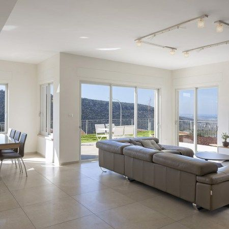 interior-design-in-a-private-house-by-inbal-ayalon-01