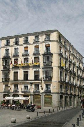 Hostal Cruz Sol en Madrid Espana