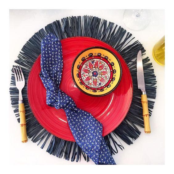 Bom diaaa meus amores!  Detalhes de uma mesa especial e colorida para o dia dos pais.  #semanamesahits_meupaimeugrandecampeao  #lardocemesa #mesahits #mesaposta #lardocecasa