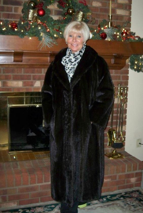 Lovely Black MINK Fur Coat Full Length 1X - 2X 16 18 20 Plus