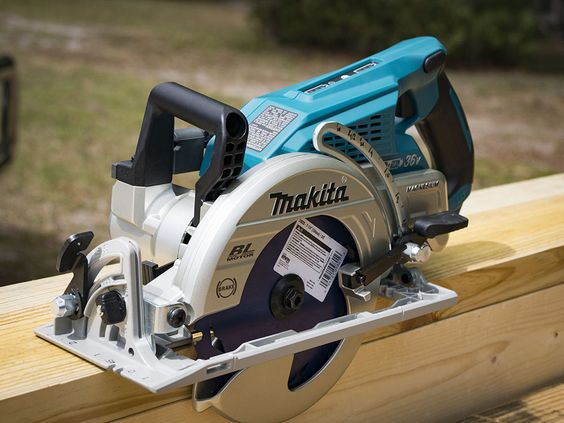The Makita 18v X2 Brushless Rear Handle Circular Saw Has Separated Itself From The Cordless Pack Best Cordless Circular Saw Cordless Circular Saw Circular Saw