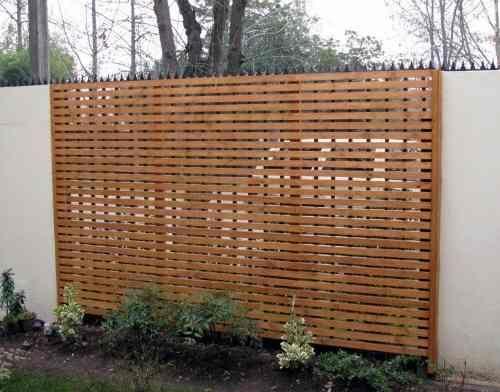 Cerca de madera para jard n cercos de madera pinterest for Balancines de madera para jardin