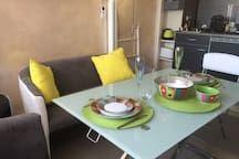Petit studio tout confort en face de la plage - Appartements à louer à Fréjus