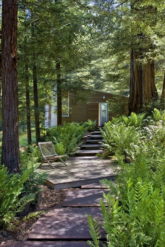 steps, deck and path, by Turnbull Griffin Haesloop Architects, California