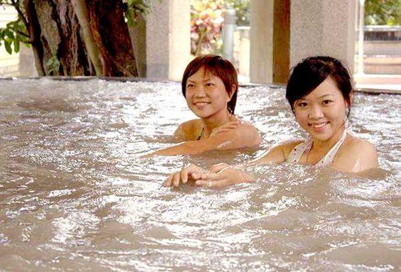 Suối nước nóng Guanzilling