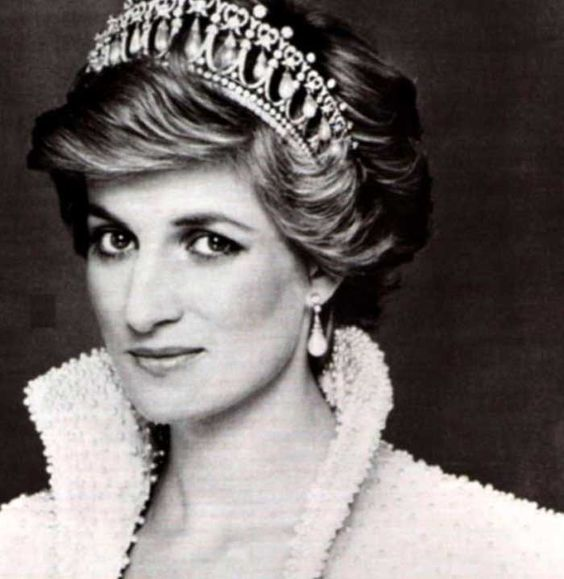 This Is What Princess Diana May Have Looked Like Today