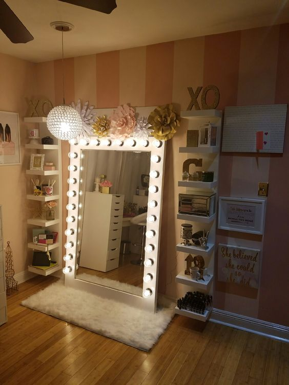 Makeup storage with diy style Hollywood glam light My New Makeup Studio Pinterest Style ...