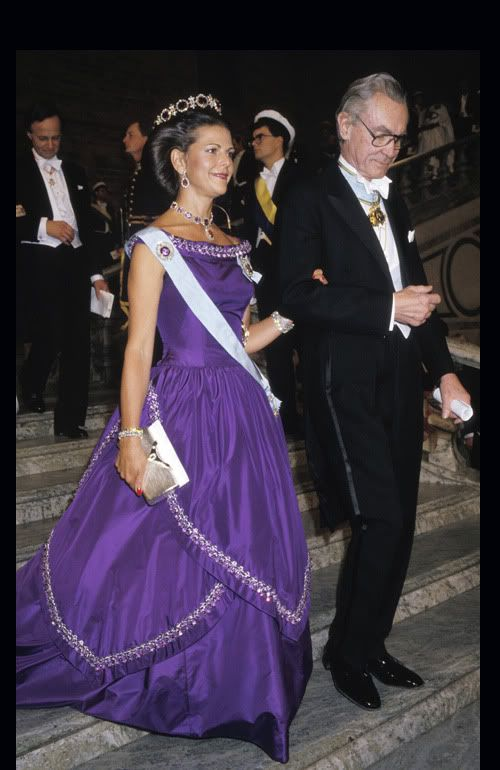 Queen Silvia's purple dress at the 1986 Nobel Prizes