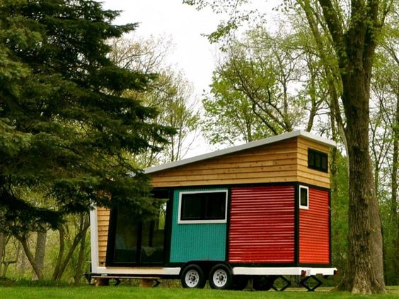 Toy box Tiny Home