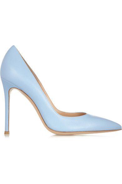 Blue pumps, Blue shoes