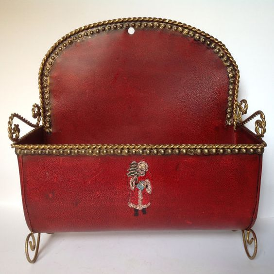 Vintage Christmas Door Basket/Santa's Sleigh Decor/Christmas Planter/Tin Wall…