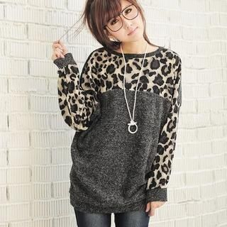 Leopard Sweater<3