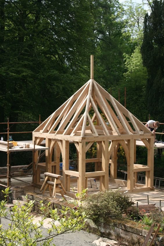 Construction sheds and post and beam on pinterest for Post and beam construction