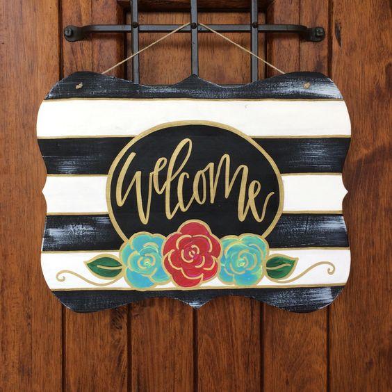 Welcome door hanger, hand painted door hanger, wooden door hanger, welcome sign by RedLetterDayShop on Etsy https://www.etsy.com/listing/455202102/welcome-door-hanger-hand-painted-door