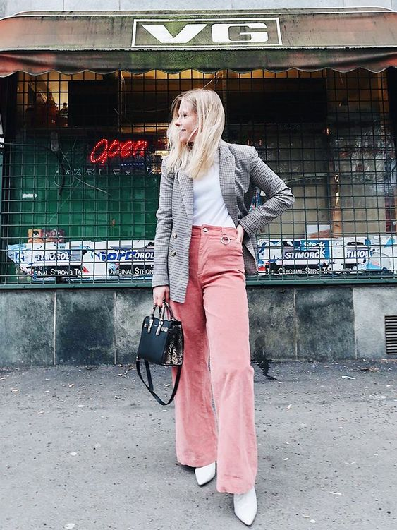 86 IRL Outfits From Our Coolest Readers—It's a Must-See Situation via @WhoWhatWearUK