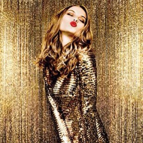 Follow me now on Instagram @ashleesarajones.. Something big will be posted on there soon! Glamorous Gold & Sequins bring on 2014 #fashion #glamorousgold #gold #editorial #sequins #sparkle #highfashion #style #love #newyears #2014