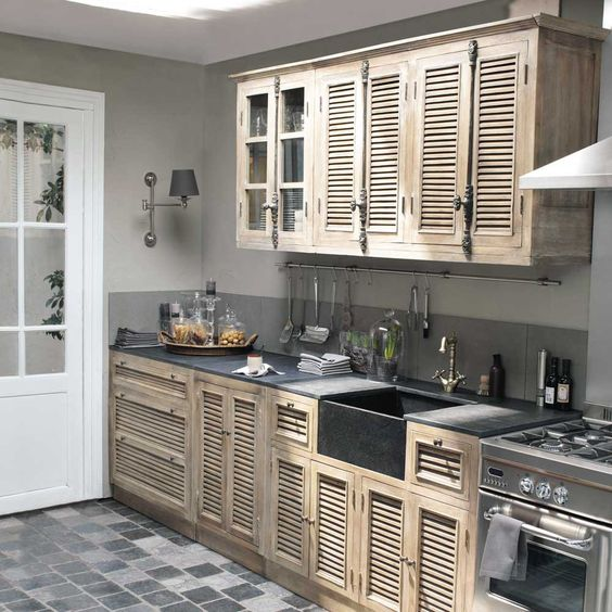 what a great kitchen for a reasonable price