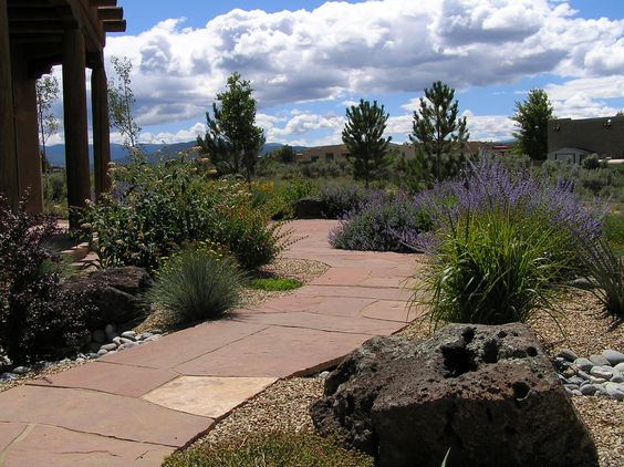 Custom Xeriscape & Flagstone Patio/Walkway