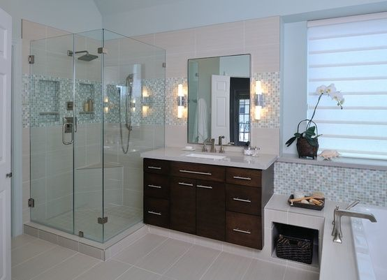 Simple Master Bathroom Designs: 11 Simple Ways To Make A Small Bathroom Look BIGGER