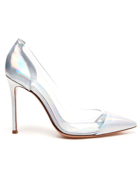 Holographic leather pumps