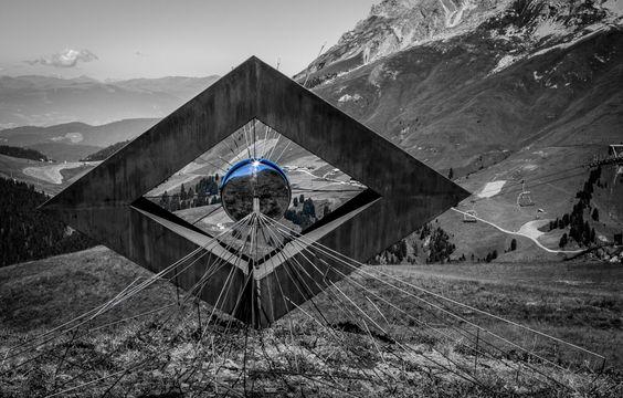 Vedo non vedo, Luca Prosser, Parco d'arte RespirArt, Passeago, Dolomiti, 2016. foto Eugenio Del Pero