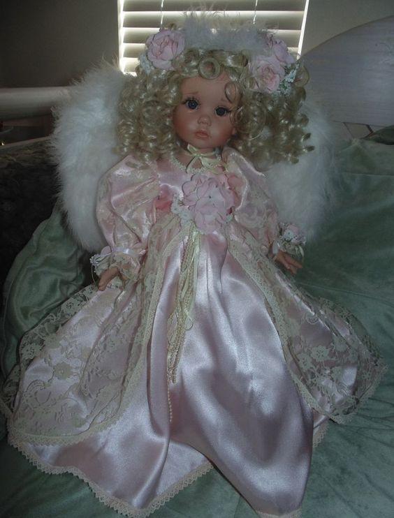 """Linda Rick 20"""" Vinyl Lovee Guardian Angel Doll HTF VERY Gently Used #LindaRickLoveeSeries #DollswithClothingAccessories"""