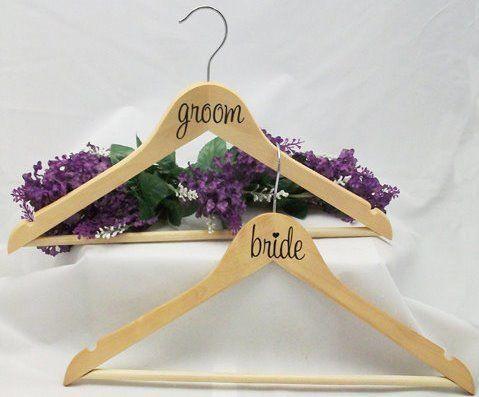 Kleiderbügel Sticker Set bride groom von Braut(Zilla) auf DaWanda.com