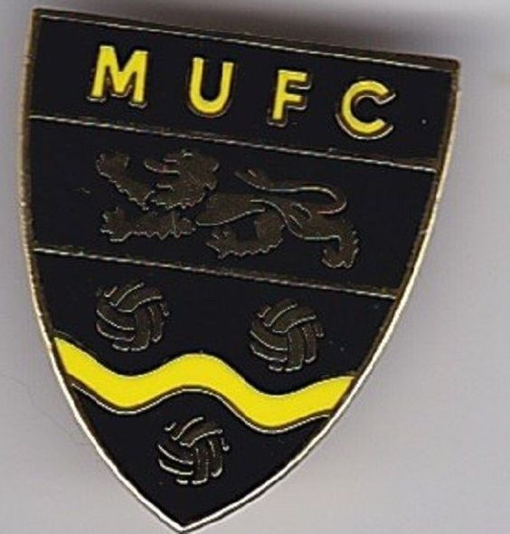 MAIDSTONE UNITED MUFC KENT NON LEAGUE SHIELD FOOTBALL BADGE