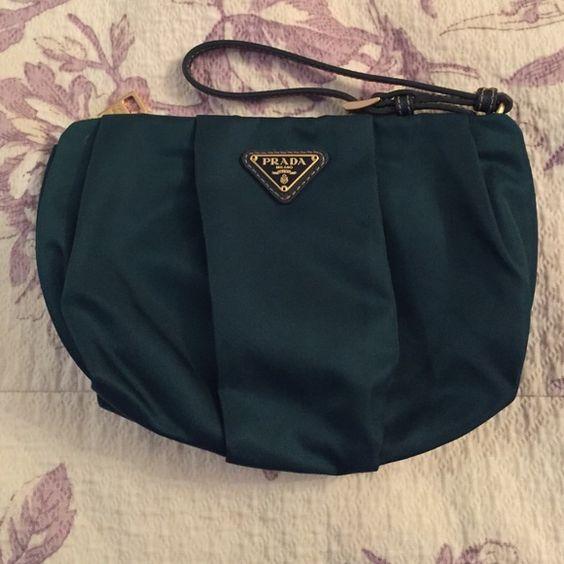 emerald green prada bag