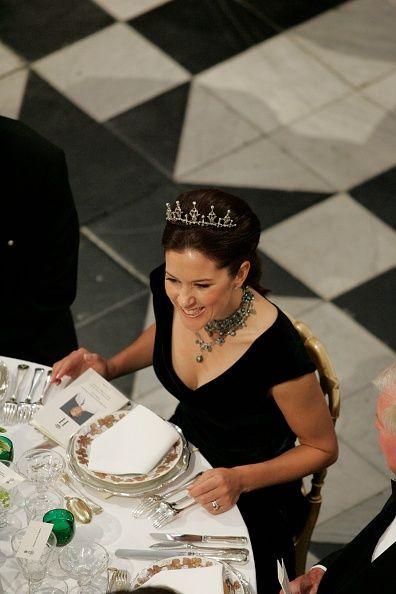 June 14, 2004--Festmiddag på Fredensborg Slot i anledning af prins Henriks 70års fødselsdag Kronprinsesse Mary